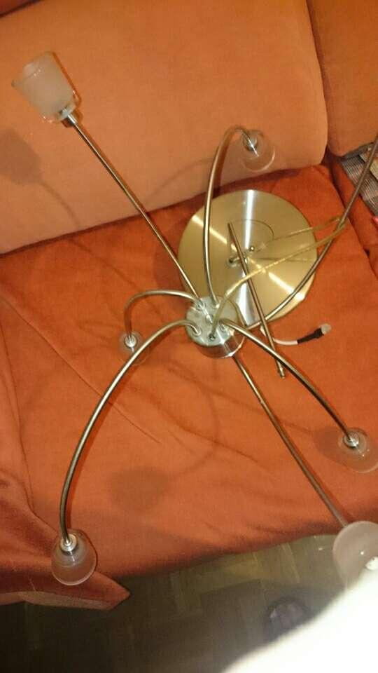 Imagen Lanpara araña Ikea  Nueva con 2 cajas de recambio de los vasos de las orillas  luces led