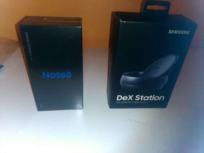 Imagen Samsung galaxy note 8 + dex station