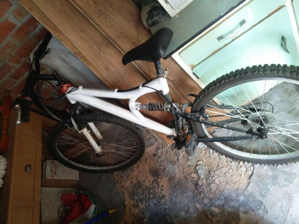 Imagen bicicleta de segunda mano