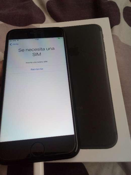 Imagen producto IPhone 7, 32gb, black 3