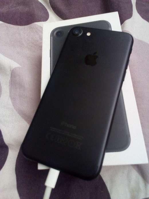 Imagen producto IPhone 7, 32gb, black 2