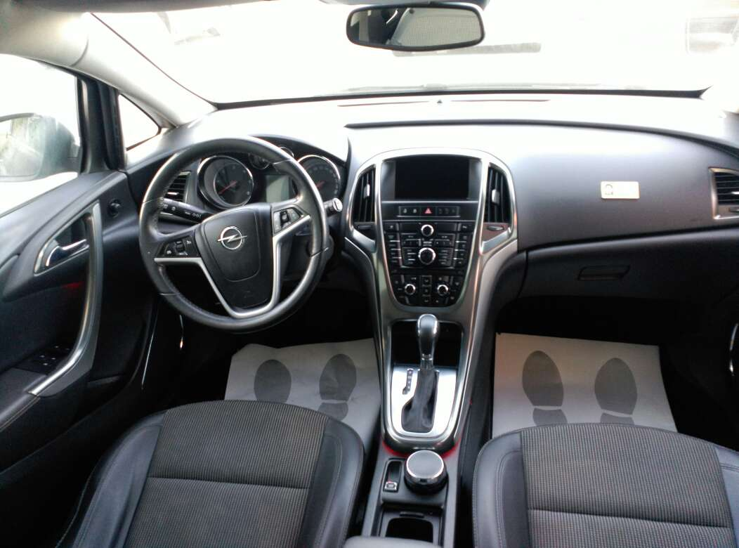 Imagen producto Opel Astra 4