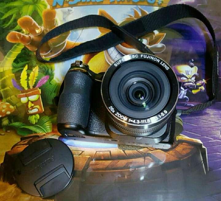 Imagen Fujifilm FinePix S9800