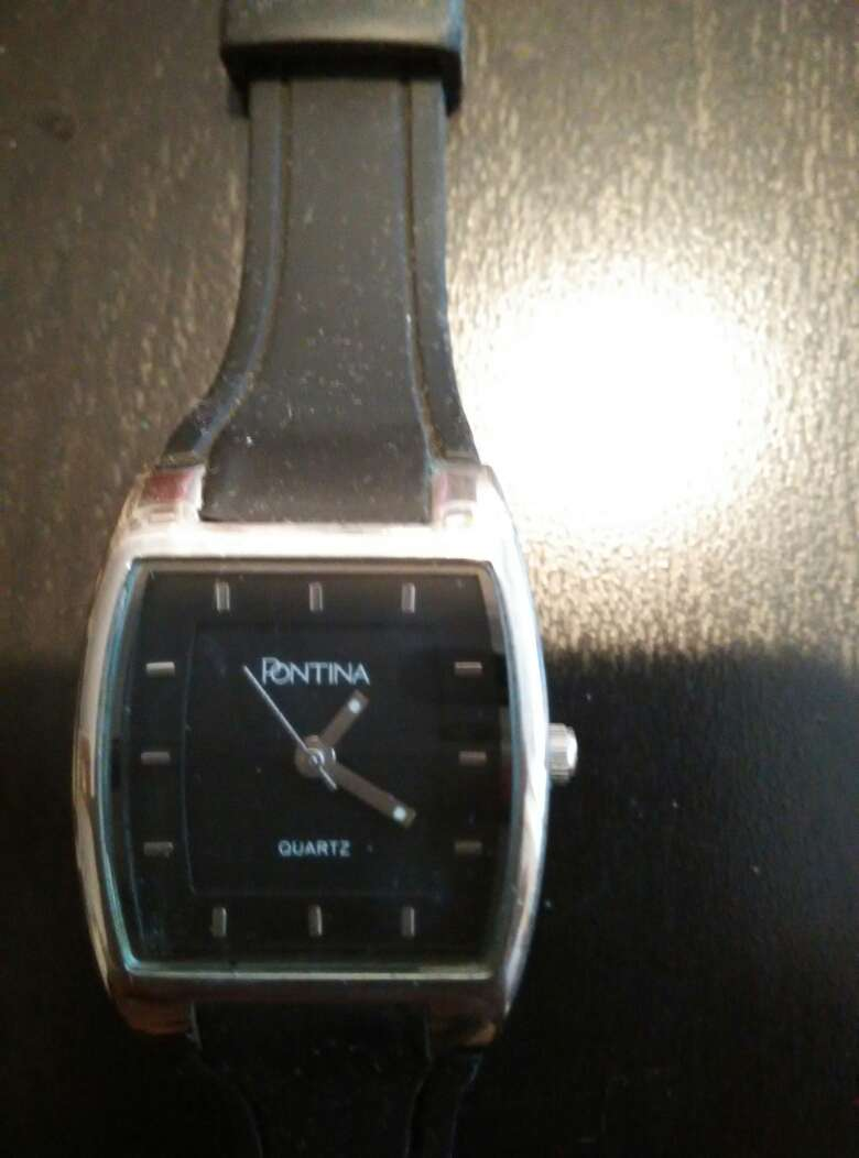 Imagen Reloj de pulsera negro. Urge vender