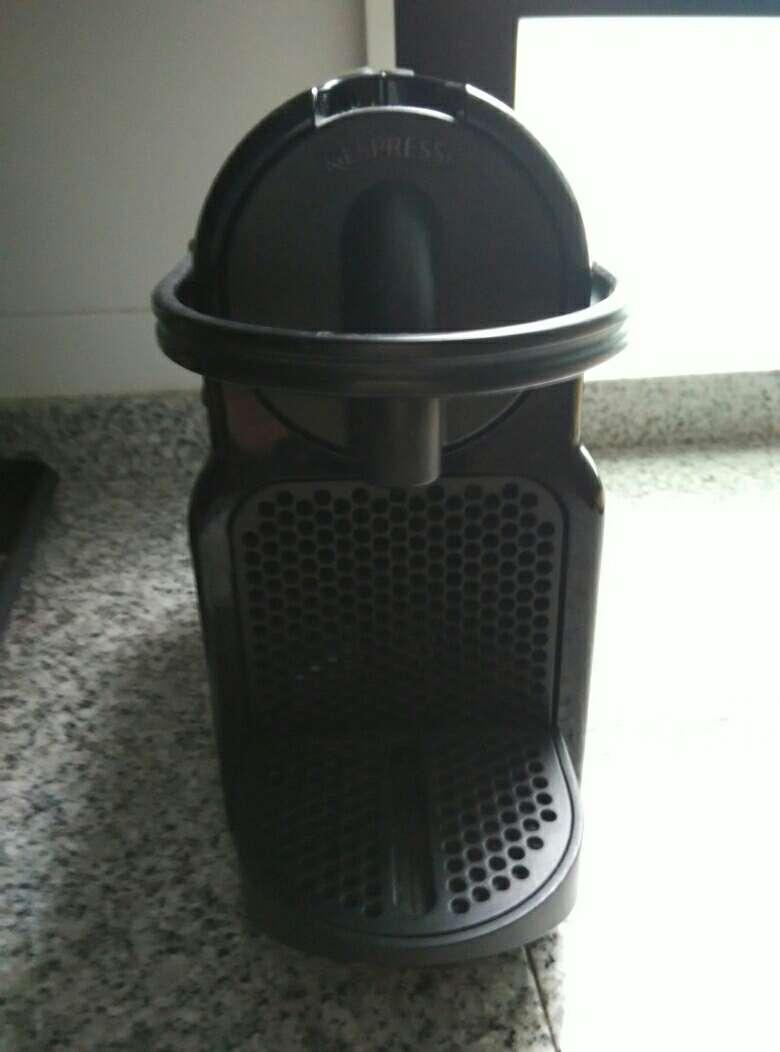 Imagen producto Cafetera Nespresso.Urge vender 2