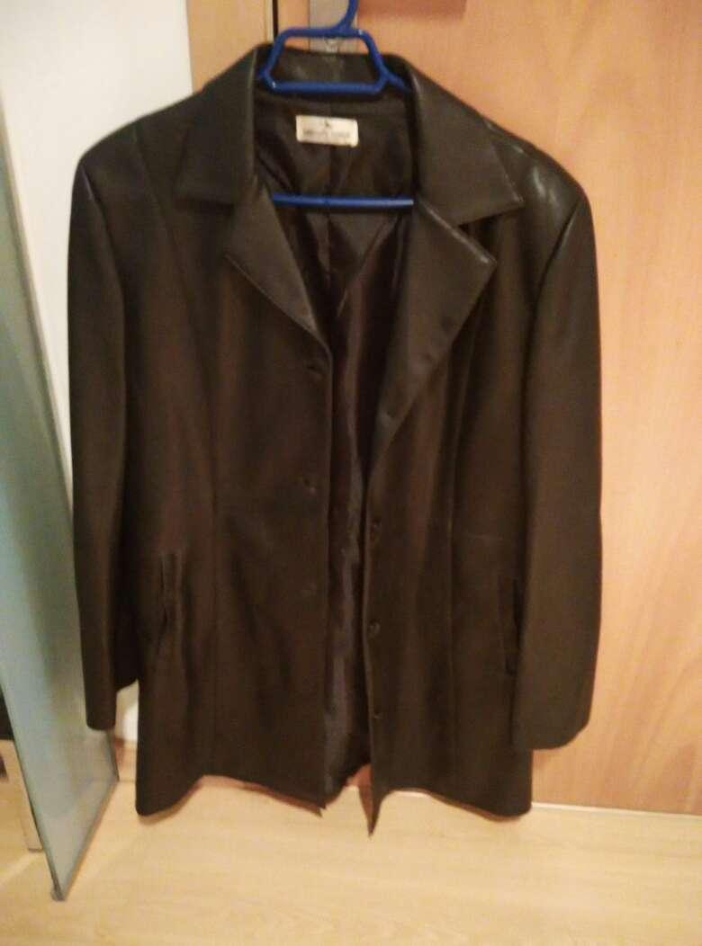 Imagen chaqueta de cuero unisex. Urge vender