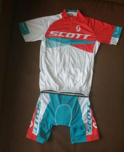 Imagen A estrenar maillot + cullote mod. scott