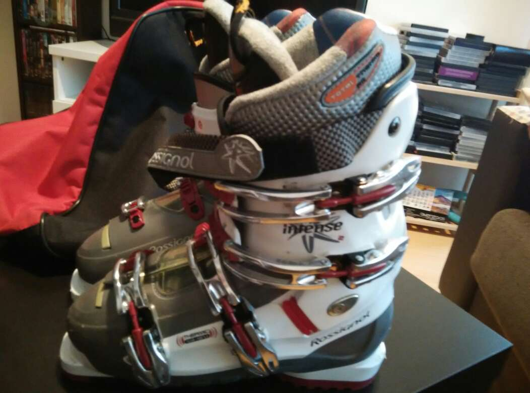 Imagen producto Botas de ski nuevas. Urge vender 4