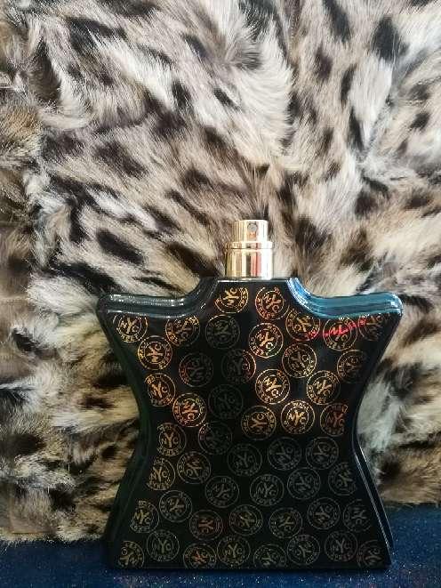 Imagen Perfume Bond no9