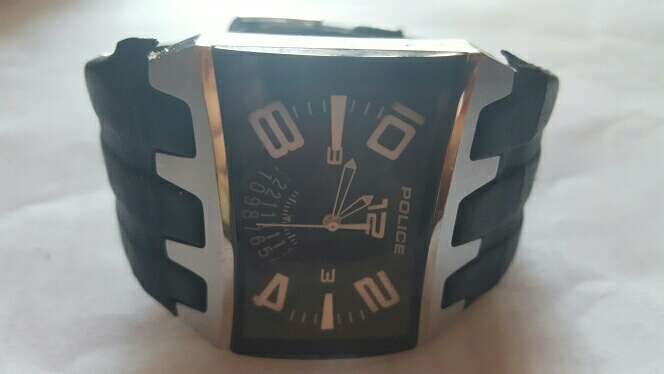 Imagen Reloj pulsera de hombre. Marca POLICE.