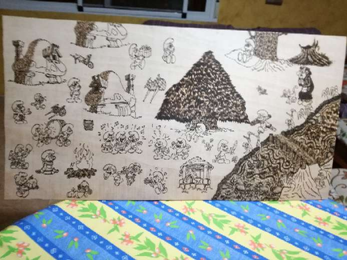 Imagen producto Pirograbado hecho a mano, de los pitufos 3