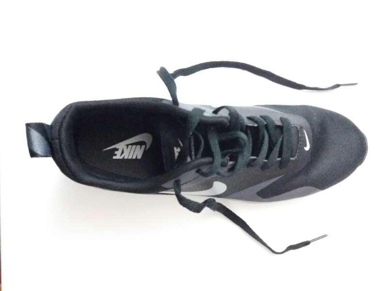 Imagen producto Zapatillas Nike Air Max Tavas 3