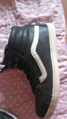 Imagen producto Zapatillas lengüeta alta TNG 2