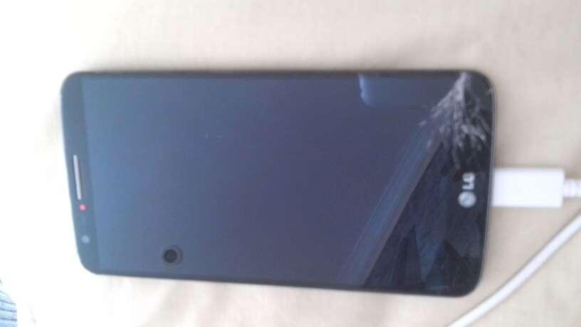 Imagen producto LG g2 pantalla rota 1