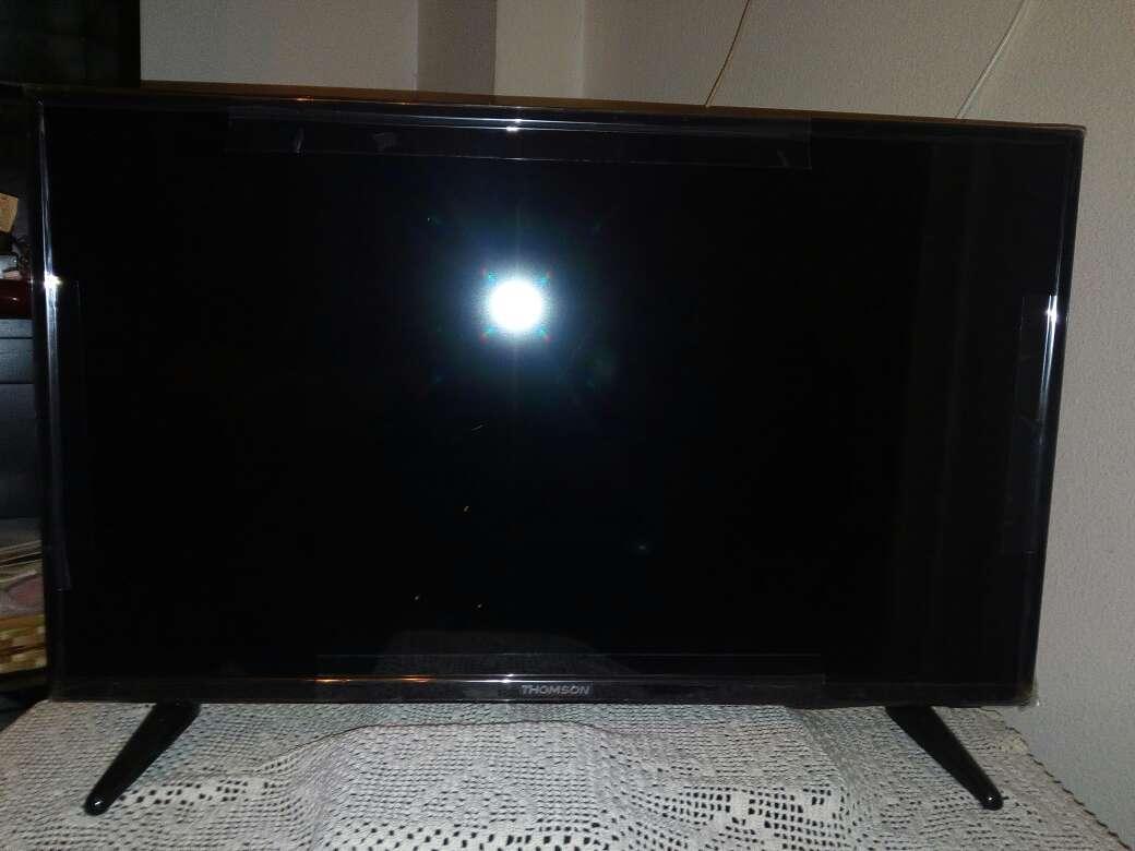 Imagen se vende tele  Thomson de 32 pulgadas180€