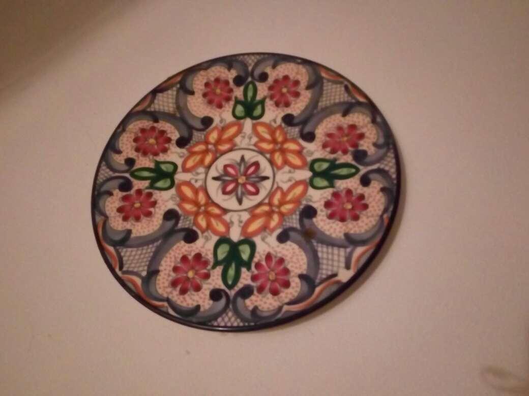 Imagen producto Platos decoración de cerámica 3