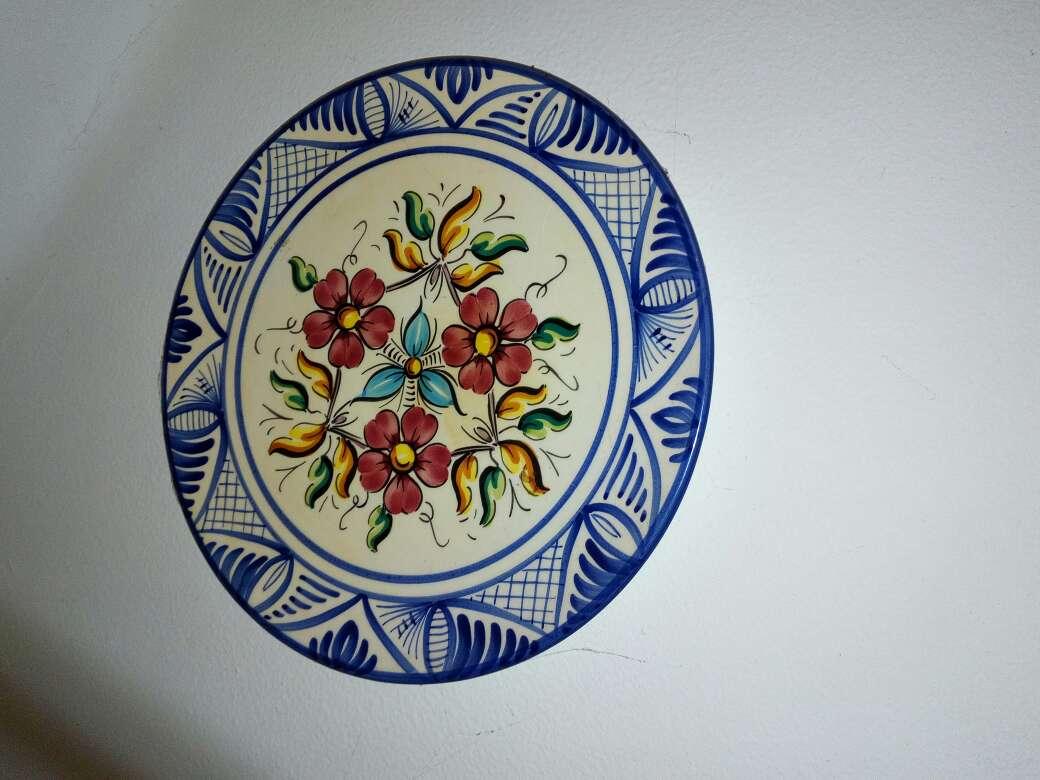 Imagen producto Platos decoración de cerámica 5