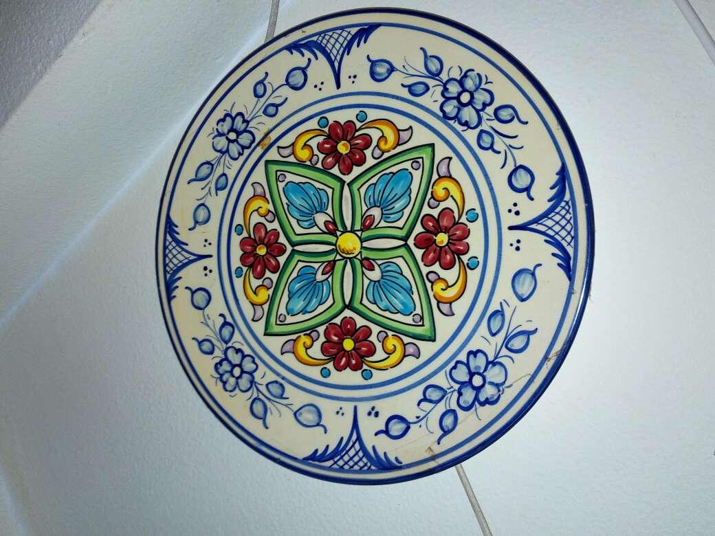 Imagen producto Platos decoración de cerámica 4