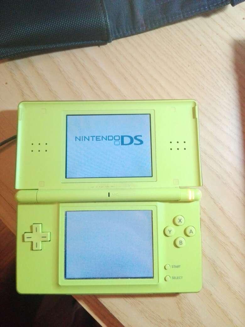 Imagen Nintendo DS Lite Verde Pistacho