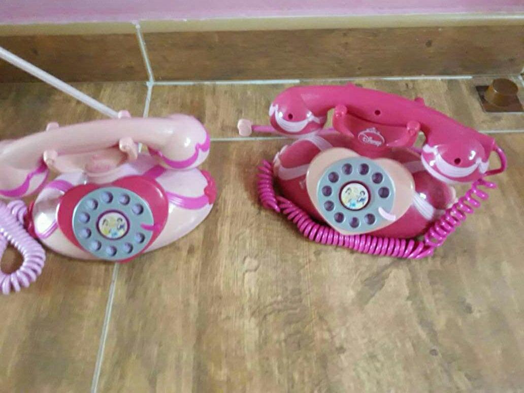 Imagen telefonos  juguete