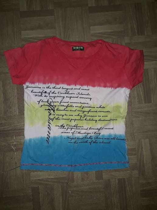 Imagen camiseta de chico talla s