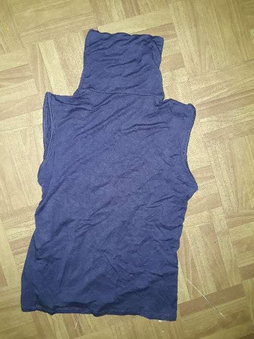 Imagen camiseta cuello alto