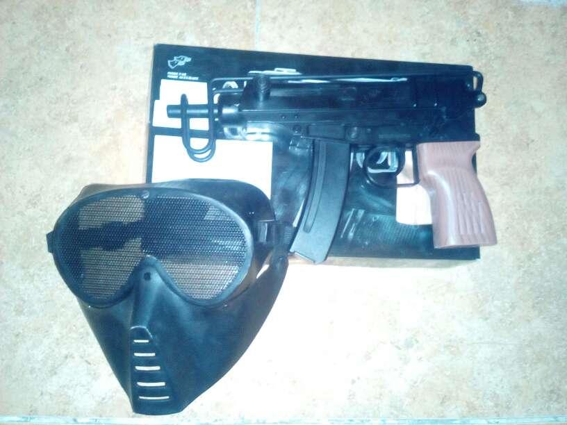 Imagen Arma juguete de airsoft:scorpion M37f