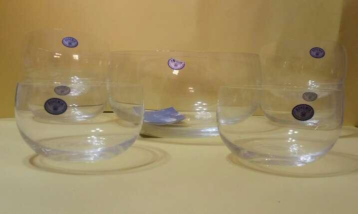 Imagen conjunto de cuencos de cristal de bohemia