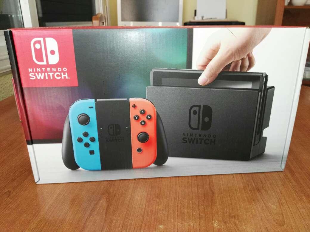 Imagen Nintendo Switch Neón nueva