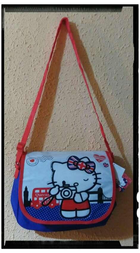 Imagen Bandoleras Hello Kitty. Nuevas.
