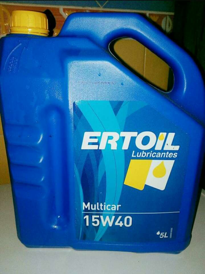 Imagen filtro aceite coche