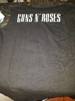 Imagen producto Camiseta guns and rouses 2