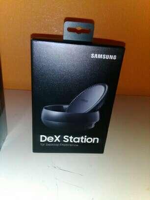 Imagen producto Samsung Galaxy note 8 y dex station 6