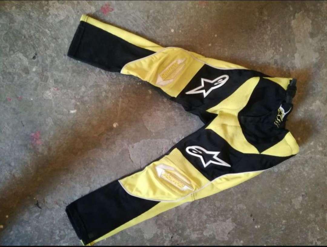 Imagen producto Traje de motocross marca alpinestar 2
