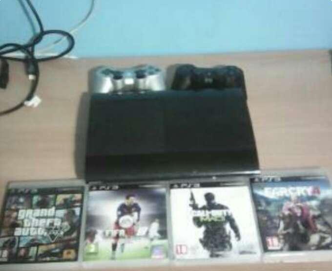 Imagen producto PlayStation 3 slim 1