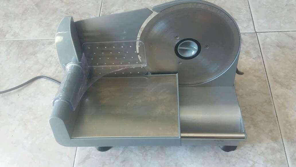 Imagen se vende cortadora de embutido o para trocear carne