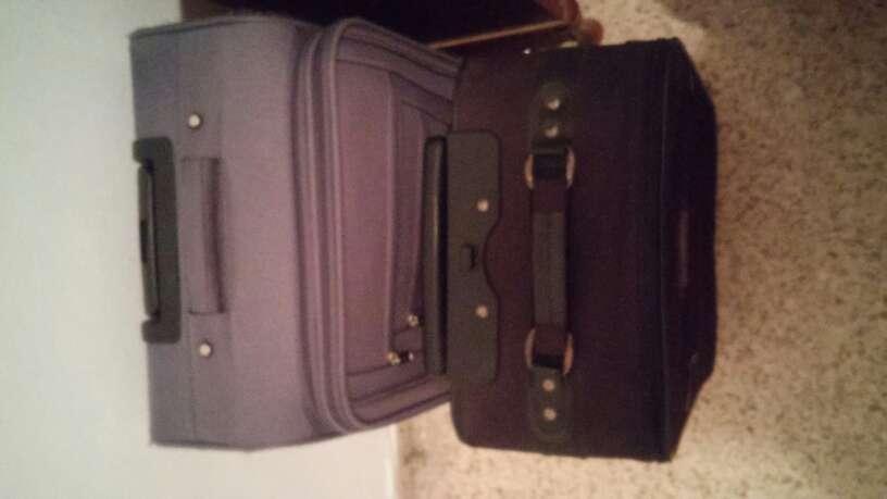 Imagen maletas de segunda manos