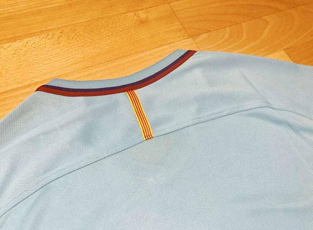 Imagen producto Camiseta F. C. Barcelona 2017-2018 (Segunda equipación) 4