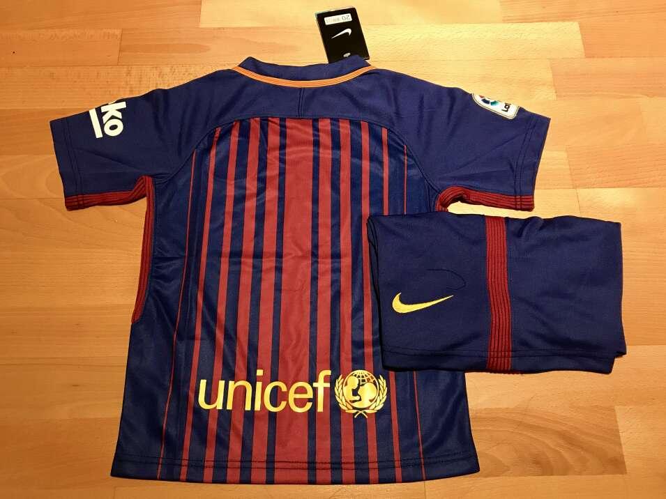 Imagen producto Equipación F. C. Barcelona 2017-2018 para niños (Primera equipación) 3
