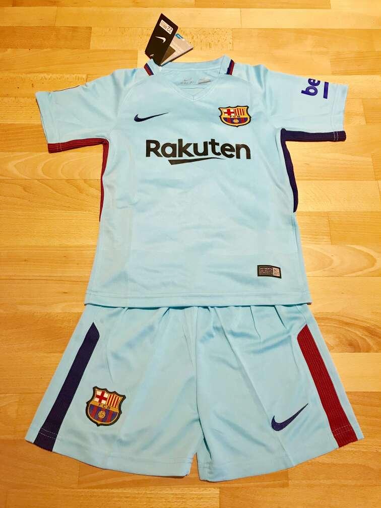 Imagen Equipación F. C. Barcelona 2017-2018 para niños (Segunda equipación)