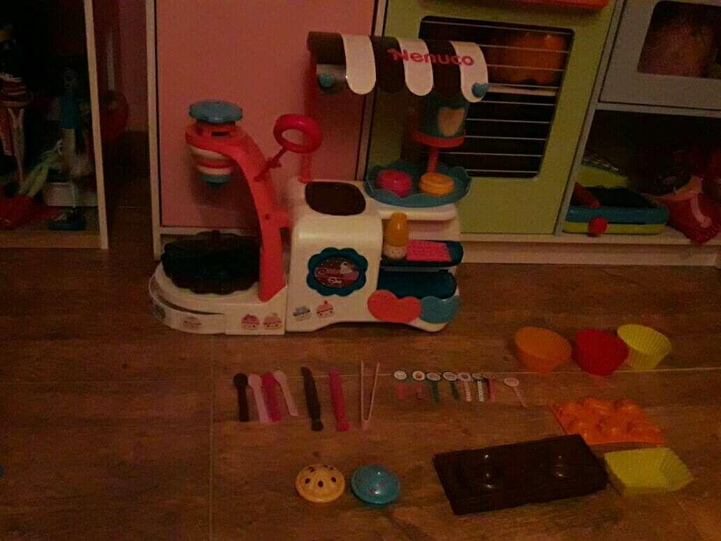 Imagen pastelería de juguete nenuco