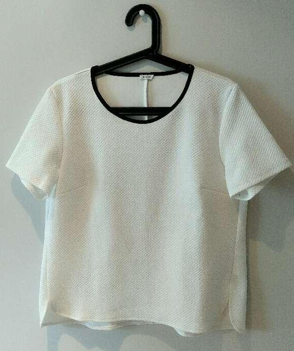 Imagen Camiseta blanca chica