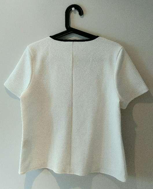 Imagen producto Camiseta blanca chica 3