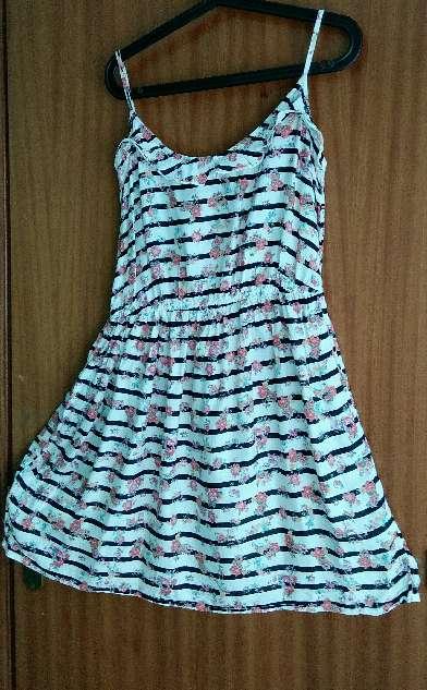 Imagen producto Vestido corto Pimkie floral 1