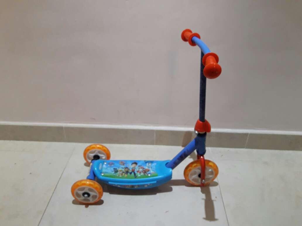 Imagen patinete niño