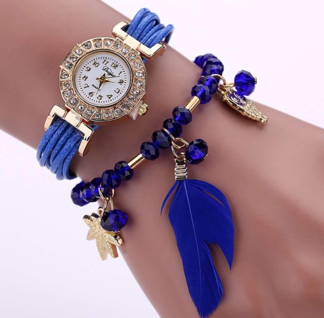 Imagen reloj pluma azul
