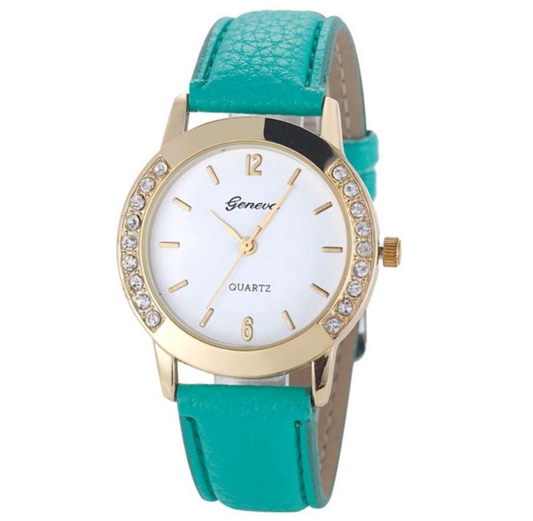 Imagen reloj elegante;