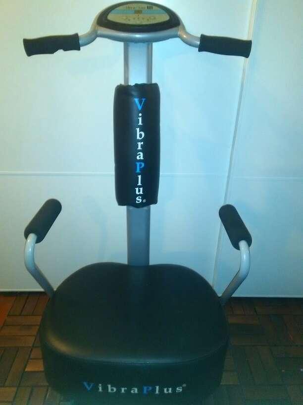 Imagen plataforma vibratoria para ejercicios y relajación