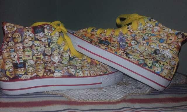 Imagen zapatillas minions