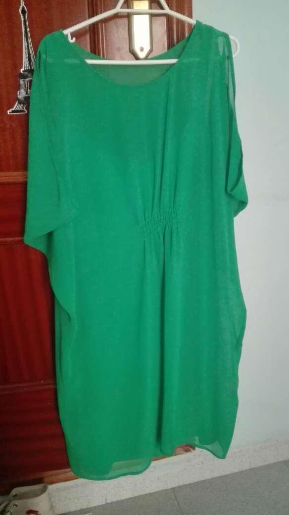 Imagen vestido verde naf naf